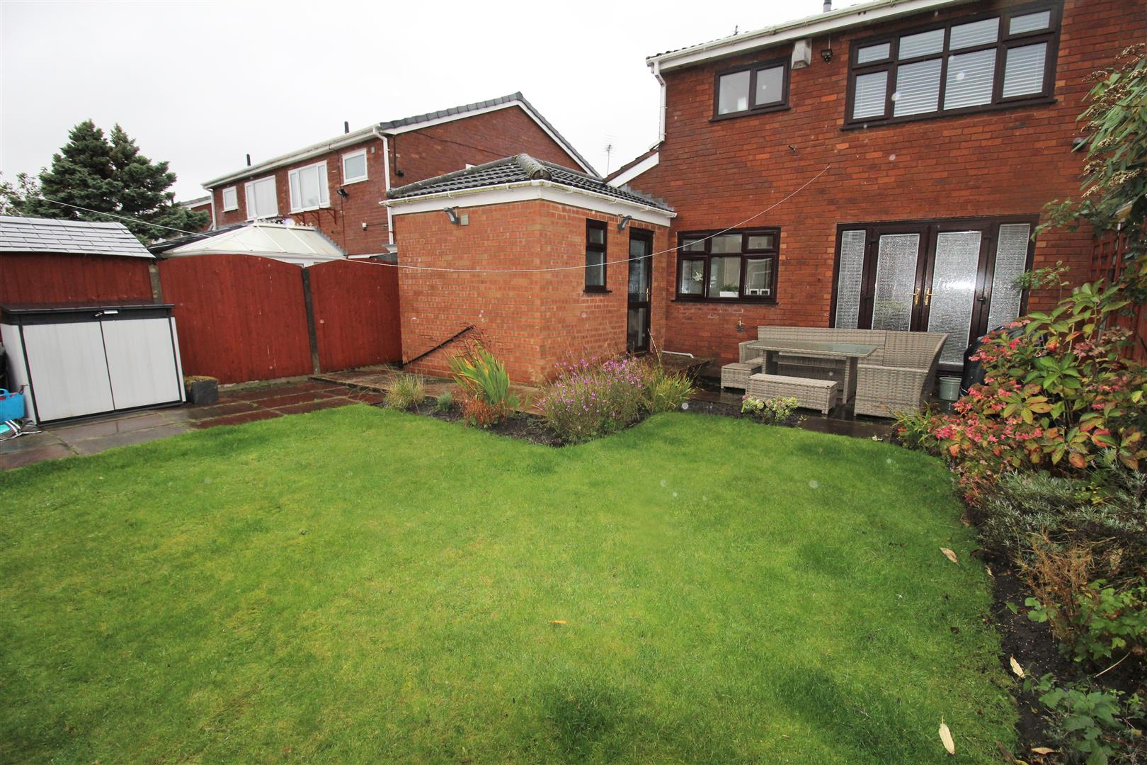 3 Bedrooms, House - Semi-Detached, Monmouth Drive, Liverpool